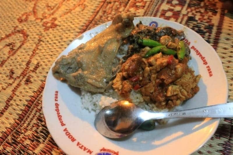10+ Wisata Kuliner di Jogja yang Wajib Dicoba